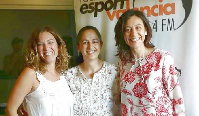 Los Apegos - Radio entrevista de Marta Matarín en Caminando por la Vida (19 Junio 2016) En Valencia